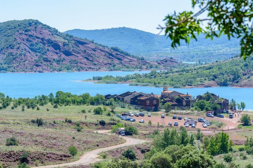 Het meer van Salagou